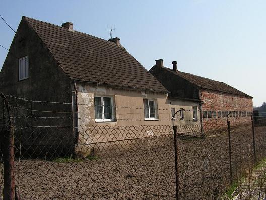 sprzedaż | dom z dużą chlewnią 0,79ha ziemi | Rogalinko 8 km od Świdwina